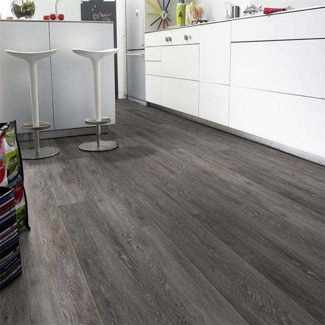 Durable PVC Click Flooring Dubai